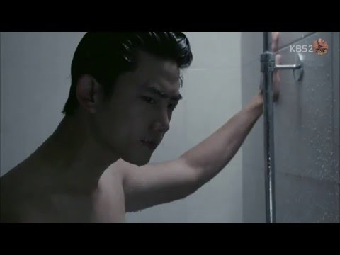 Taecyeon & Nichkhun (2PM) _ ABS SHIRTLESS SHOWER