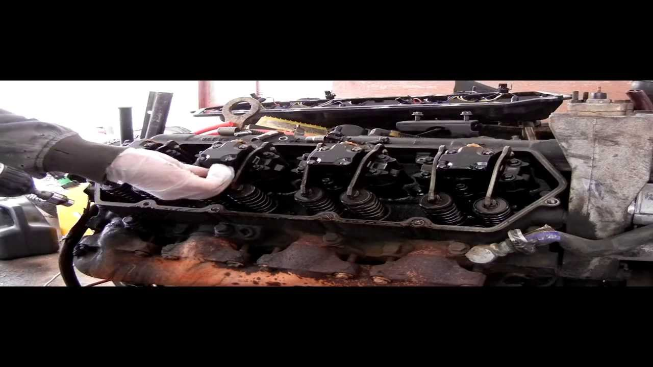 How To Remove Fuel Injectors And Valve Cover Harness 73 Wire Powerstroke Diesel Youtube