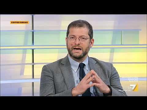 """Download Scontro Andrea Romano-Sgarbi, il critico d'arte: """"Sei un dilettante terrorista"""""""