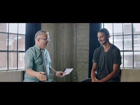 Zlatan Ibrahimović möter Jan Gradvall