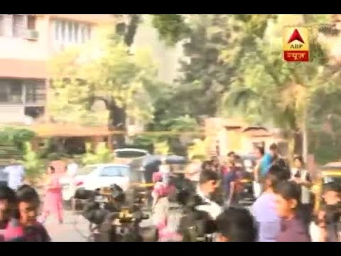 Huge crowd gathers outside Sridevi Kapoor's residence in Mumbai