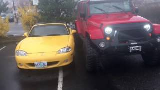 Jeep Gives Miata Owner a Lesson, please learn how to park