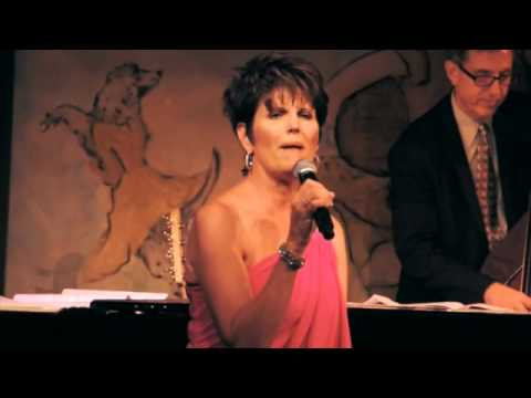 Lucie Arnaz, Cafe Carlyle
