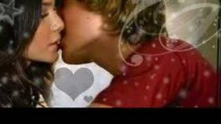 Vanessa Hudgens-Say ok