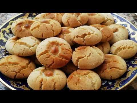 gâteaux-secs-traditionnel-aux-amandes-et-sésames---cuisine-marocaine