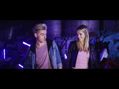 SHANE HENDRIX : PARTY LIKE A ROCKSTAR (OFFICIAL MUSIC VIDEO) Nicky Minaj Trina Rap Version