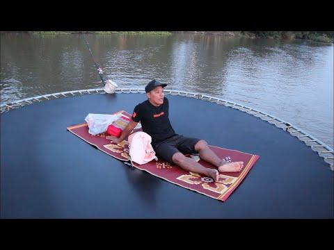 12 ชั่วโมง นอนบนแทรมโพลีน กลางแม่น้ำ 1 คืน | CLASSIC NU