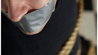 The protection of the President of Poland has stuck to the journalist's mouth with tape