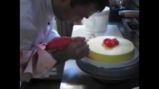 Изготовление торта. Мастер-класс(Мастер-класс по созданию торта от кондитера Марселя!, 2015-05-19T19:20:58.000Z)