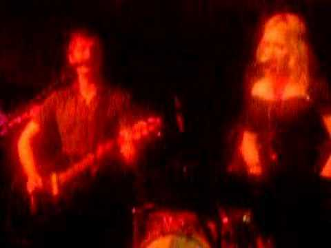 Feathers (live at the Faversham in Leeds 29/06/06) by fields mp3