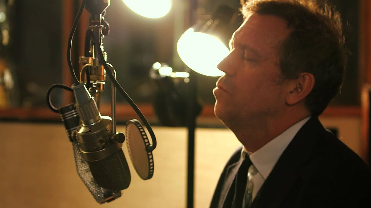 hugh laurie kiss of fire