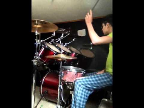 Alacranes Musical - Solo Los Tontos Bateria