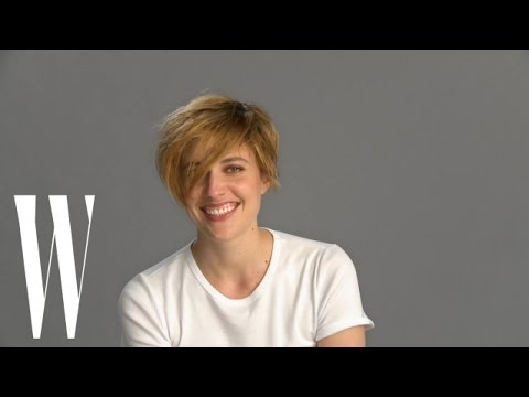 Greta Gerwig's 30th Birthday Featured Karaoke, Blackouts & Concussions  W Magazine