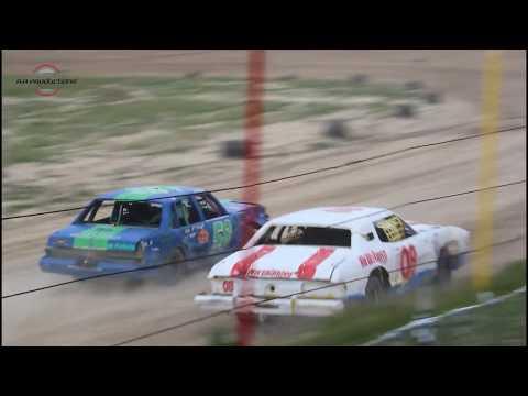 Wild Bill's Raceway Bomber Heat Race 6/7/19