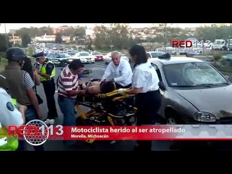 VIDEO Motociclista herido al ser atropellado por un auto en la Av. Morelos Norte