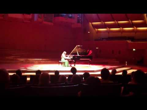 Mona Asuka Ott - ALLES GUT!-Festival - So, 29.7.12 - Philharmonie
