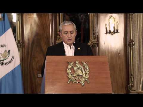 Otto Perez Molina anuncia renuncia de Baldetti