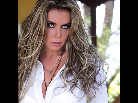 Sabine Moussier - Cachetadas