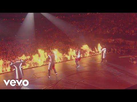 JLS - Umbrella (Rihanna Cover) [Live at the 02]