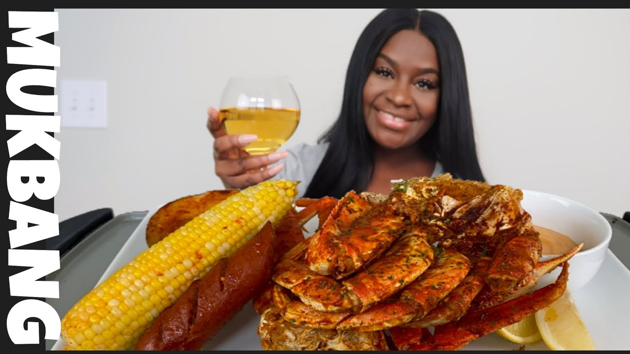 GIANT 2x SPICY CRAB LEGS + SEAFOOD BOIL MUKBANG | STORY TIME
