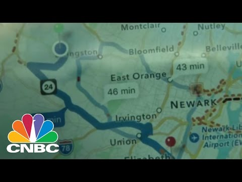 Putting Google, Apple, Waze Maps Apps To The Test | CNBC