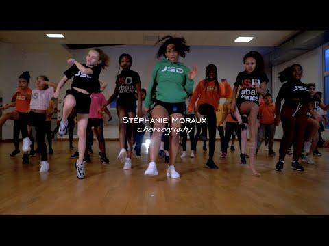 Wawa Salegy Ft. Diamond Platnumz  l Moto l Stéphanie Moraux Choreography