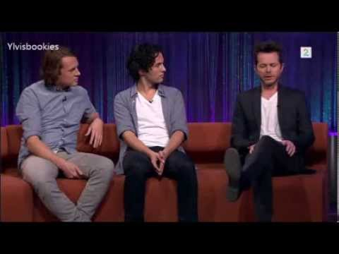 Ylvis and Espen Lind at Senkveld 08.11.2013 Eng. subs