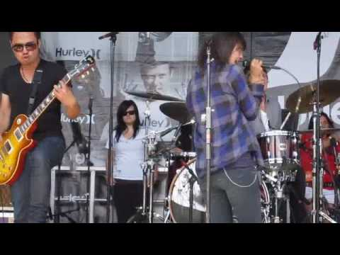 Last Great Star In Hollywood by Meg & Dia @ Warped Tour 2009 Ocean Port 7/19/09