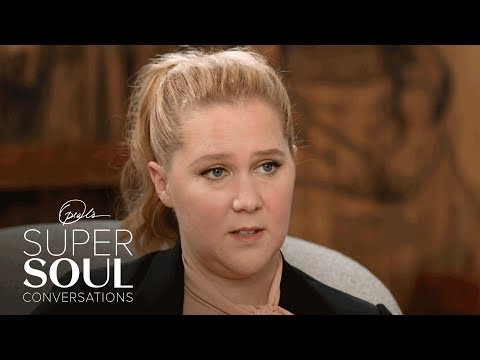 """Amy Schumer Tells Oprah That Marriage Has Given Her a """"New Calm"""" 