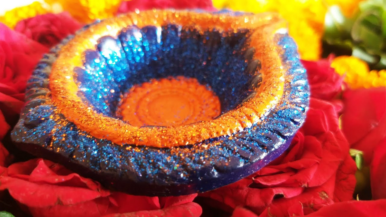 Diwali Diya Decoration With Glitter Powder Step By Step Quick Diwali Diya Decoration Youtube