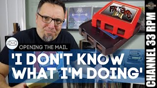 Trying an 8 track player for the first time | FRIDAY NIGHT VINYL COMMUNITY MAILMAG