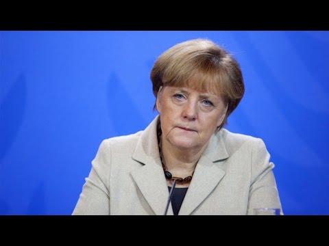 Merkel, Hollande Visit Puts Ukraine at EU Center Stage