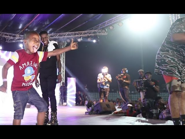 See the Little boy that steal the show as Mr Real Legbegbe performs with Small Doctor at his concert