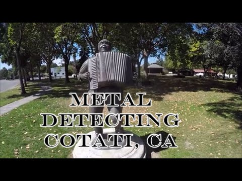 Metal Detecting With Rosie & Missy Jenn...A City of Dimes?