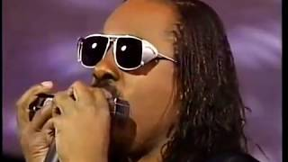 "Stevie Wonder, Dionne Warwick, Gladys Knight ""That's What Friends Are For"" Grammy 1987"