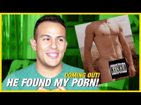 COMING OUT STORY TIME - YOUNGER BRO FINDS MY GAY PORNKaynak: YouTube · Süre: 9 dakika51 saniye