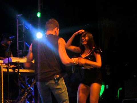 ANITA COM FELIPE PERRONI - BANDA EVA - 31/08/2013