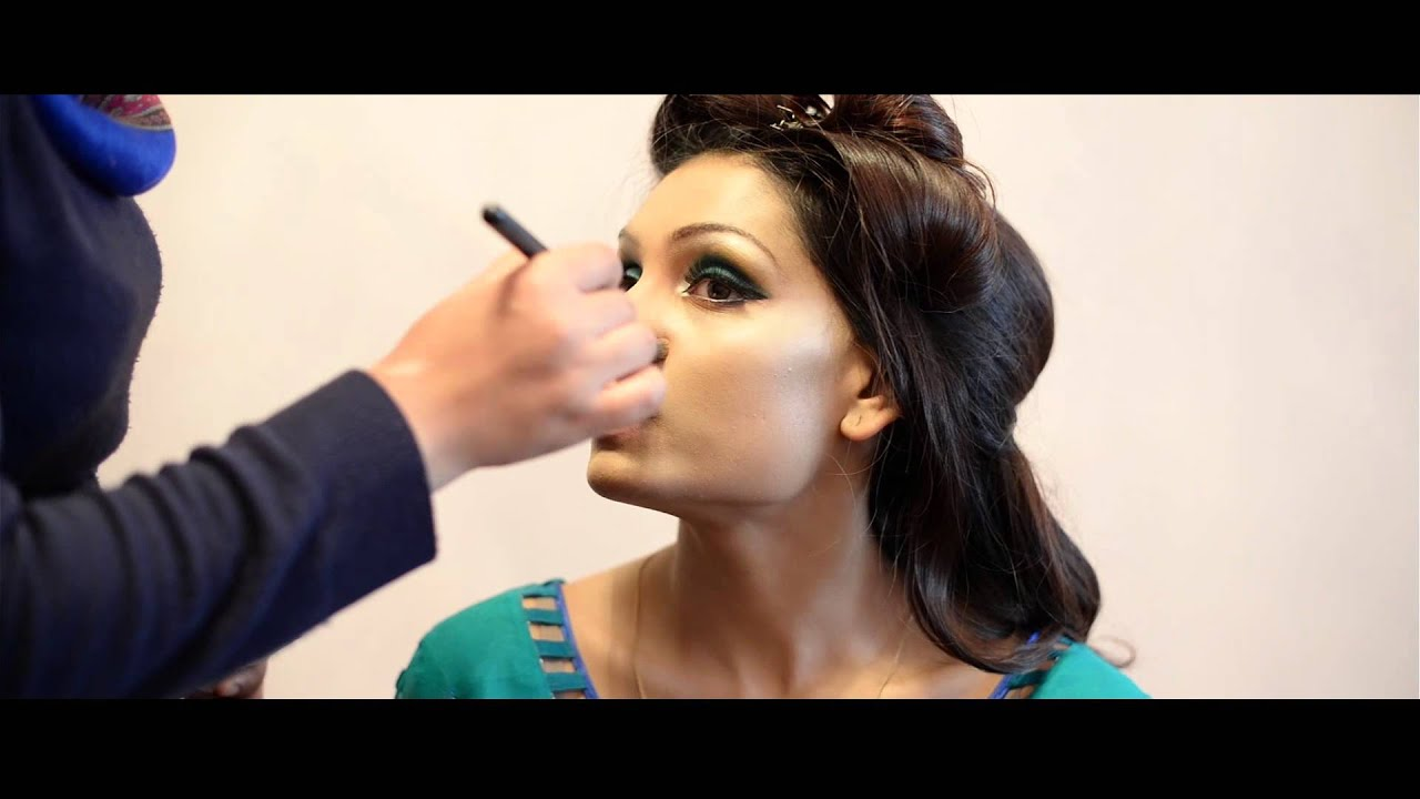 Mehndi Makeup Artist : Asian bridal mehndi makeup look youtube