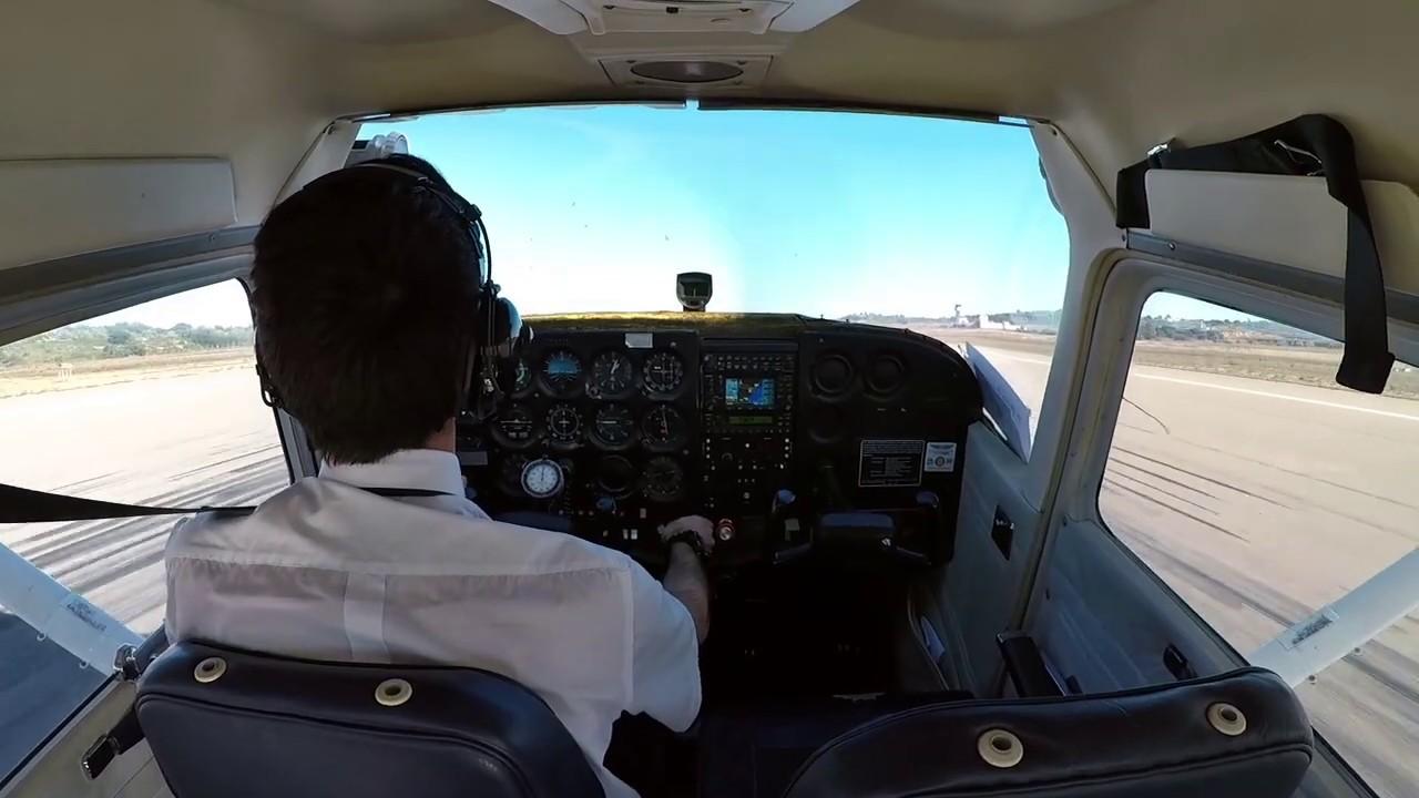 General Handling | Solo Flight C172 | LECH