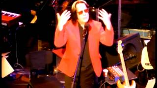 Watch Todd Rundgren Pretending To Care video