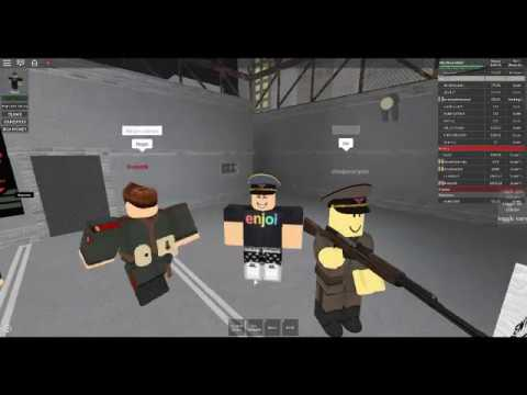 Papers Simulator Roblox Playing Roblox Papers Please The Border Simulator Youtube