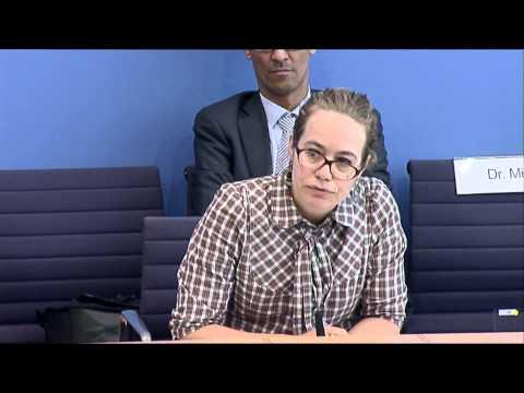 """""""The Voice of Bundesregierung"""" - Kandidatin Mareke Aden, vom Team Leutheusser-Schnarrenberger"""