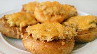 Бублики с мясной начинкой под сыром. Сушки с фаршем в духовке [Вкусная находка]