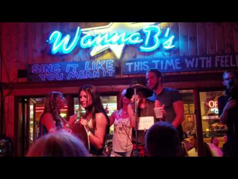 Kaitlyn Bristowe and Shawn Booth - Bachelorette 2016 Karaoke bar singing