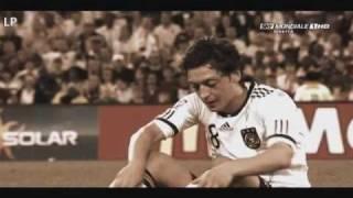 Mesut Özil =)