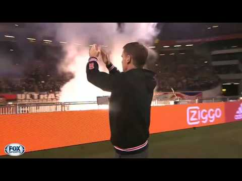 Decembermoment 3: Frank de Boer neemt afscheid van Ajax-publiek
