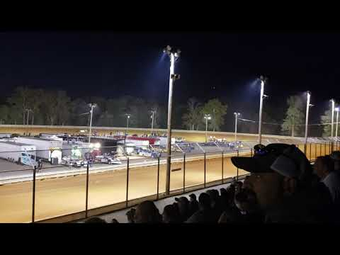 At hagerstown speedway and heck of a race