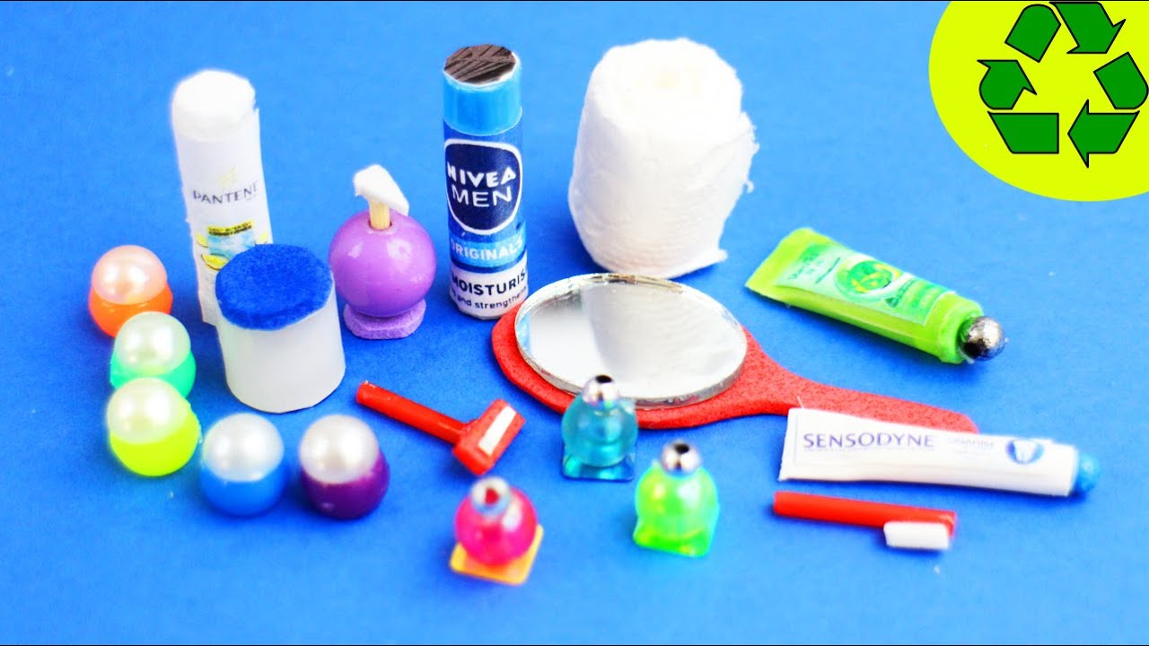 10 Easy DIY Miniature Bathroom Products   Each In Less Than 1 Minute #1