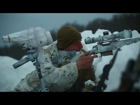 Extreme training Marine endure cold weather in JAPAN