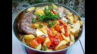 Картошка в сметане с мясом в духовке.